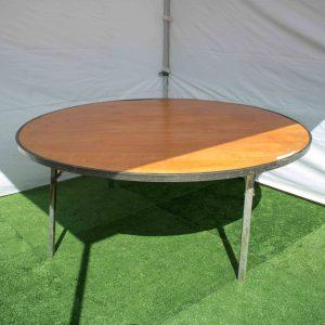 Round table 1.8m diameter